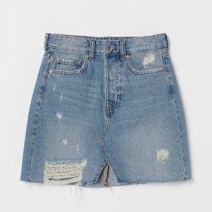 H&M &Denim Buttonfly Distressed Raw Hem Skirt